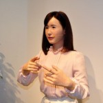Toshiba Robot use Japanese sign language