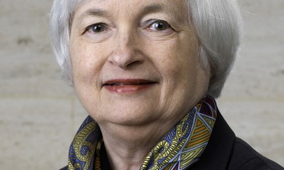 Janet Yellen official Federal Reserve portrait